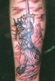 手臂强大的维京战士纹身图片