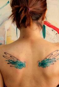 女性背部水彩翅膀纹身图案
