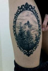 女性腿部黑白欧美纹身图案