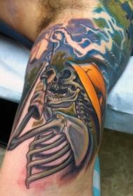 New School彩色骷髅头纹身图片
