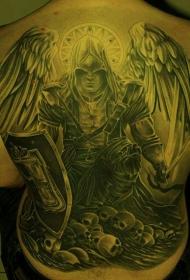 满背写实战士盔甲纹身图案