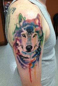 手臂水彩狼头纹身图案