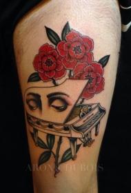 腿部彩色花钢琴纹身图案