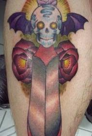 腿部彩色骷髅剑与玫瑰纹身图案