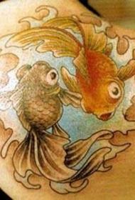 彩色金鱼八卦纹身图案