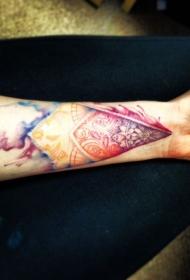 手臂水彩画风格的神秘图纹身图案