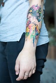 手臂艺妓肖像花蕊彩绘纹身图案