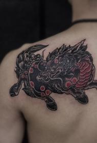 吉祥瑞兽麒麟披肩纹身图案