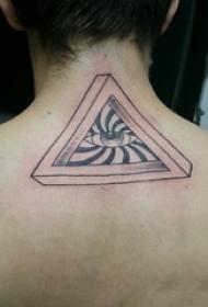 男生背部黑灰素描点刺技巧创意几何元素上帝之眼纹身图片