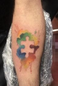 手臂上彩绘技巧几何元素拼图纹身图片