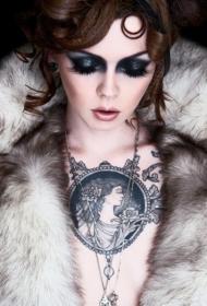 性感美女胸部希腊女神像纹身图案