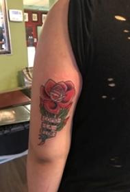 女生手臂上彩绘水彩素描创意文艺唯美玫瑰纹身图片
