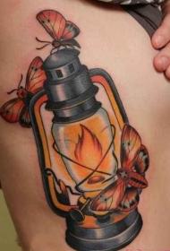 美女腰部个性创意复古的油灯纹身图案