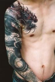 10款男性霸气半甲纹身图案