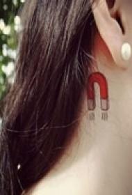气质女生小清新纹身