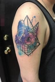手臂上彩绘技巧渐变几何元素简约个性线条狐狸纹身动物图片