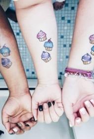 多款与自己所爱之人的简单线条同款匹配纹身图案