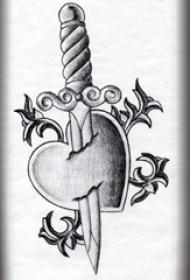 黑灰素描点刺技巧创意心形匕首纹身手稿