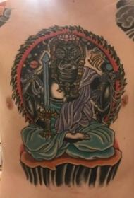 纹身三面佛 男生胸部彩色的佛像纹身图片