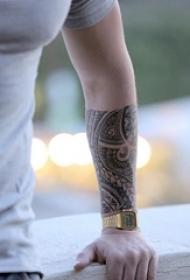 部落图腾纹身 多款黑色纹身素描部落图腾纹身霸气图片