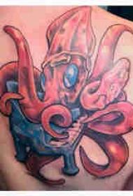 章鱼纹身图案 男生背部章鱼纹身图案