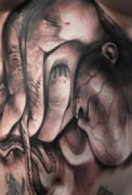 另类创意腹部纹身