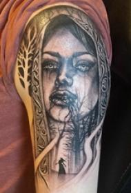 人物肖像纹身 男生手臂上人物肖像纹身图片