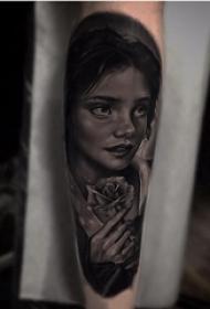 女生人物纹身图案 女生手臂上女生人物纹身图案