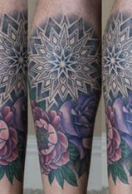 纹身图案花朵 男生小腿上梵花和鲜花纹身图片