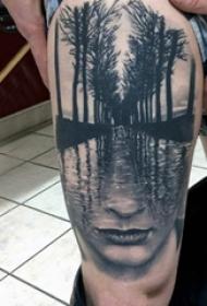 大腿纹身男 男生大腿上树林和人物纹身图片