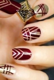 优雅的女人需要靓丽的指甲