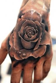 手背纹身   技巧性十足的手背纹身图案