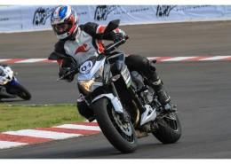 摩托车比赛图片(11张)