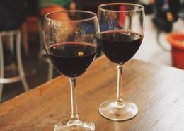 杯中的红酒图片(15张)