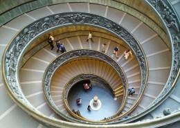 螺旋式的楼梯图片(15张)