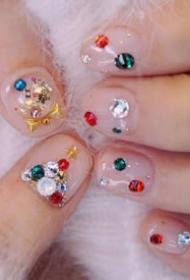 漂亮的镶钻亮晶晶的圣诞系美甲