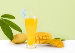 切块的芒果和鲜榨芒果汁图片(11张)