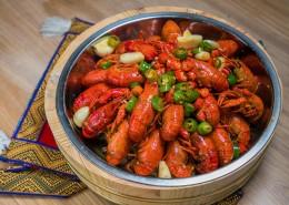 美味好吃的麻辣小龙虾图片(16张)