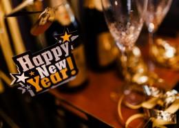 新年派对上的装饰和酒水图片(18张)