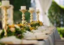 布置精美的长餐桌图片(1