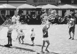 黑白街头摄影图片(10张)