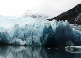 寒冷的冰川图片(13张)