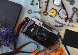 桌子上的微单相机图片(11张)