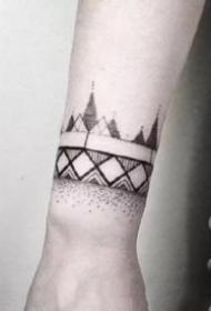 时尚的一组黑色臂环手环纹身图片