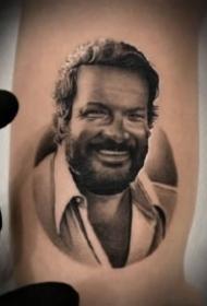 9张欧美人物的写实肖像纹身图片