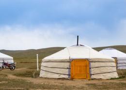 内蒙古草原上的蒙古包图片(10张)