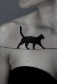 小猫咪纹身图案 卡通和小清新纹身风格的小猫咪纹身图案
