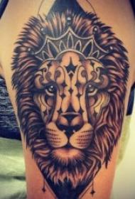 狮子纹身图案 10款各种