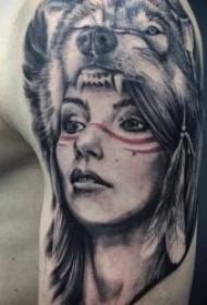 狼的纹身图案  9张技巧多样化的狼纹身图案