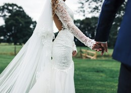 穿着婚纱的新娘图片(11张)